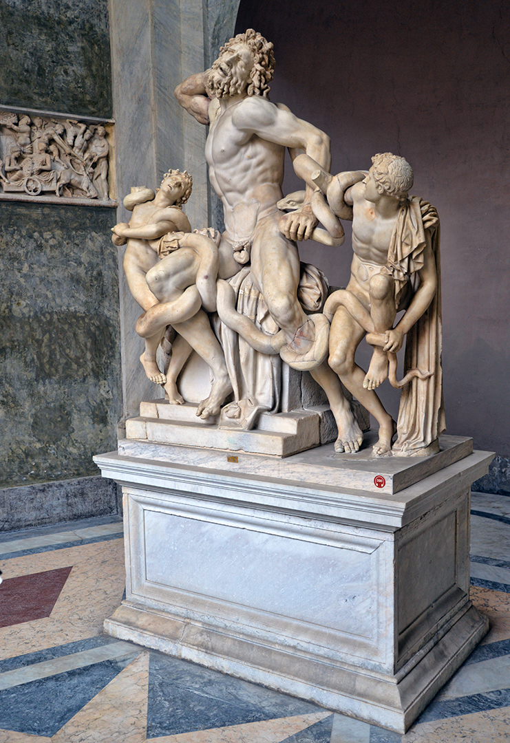 Statue 4 -sm