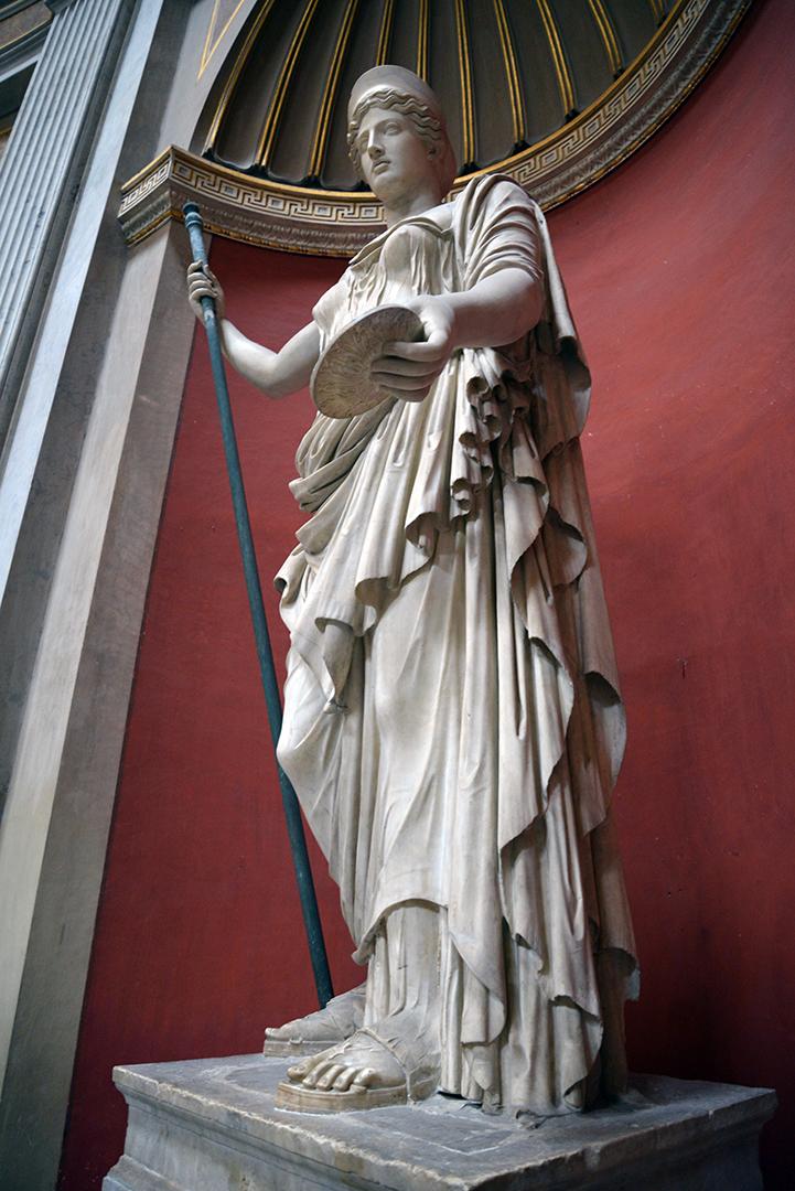 Statue1 -sm
