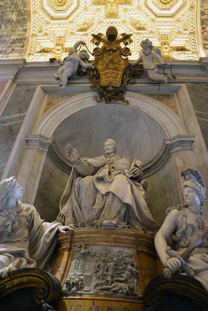 Vatican Statue 2 -sm