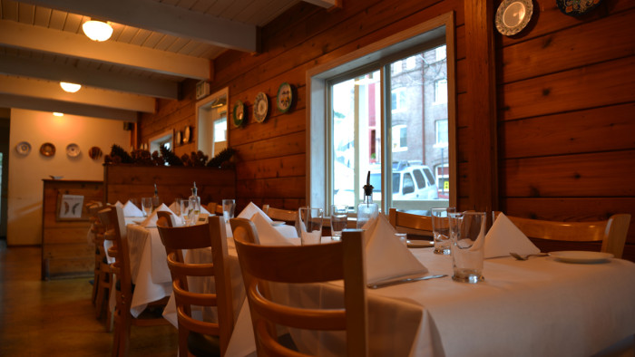 Cafe Maddalena inside2