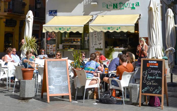 Valencia street cafe2