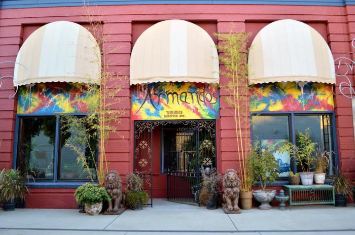 Armandos Gallery